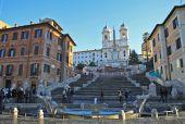 В Риме снова можно пройтись по Испанской лестнице