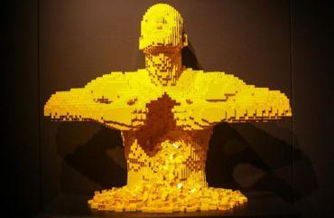 В Милане проходит выставка произведений искусства из «LEGO»