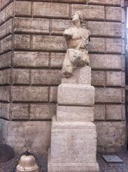 Пасквинская статуя, Рим