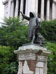 Statue of Cola di Rienzo, Rome