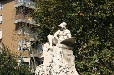 Памятник Феличе Каваллотти, Милан