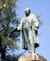 Monument to Cavour, Milan
