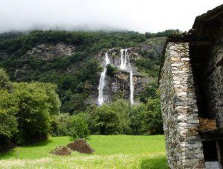Водопад Аквафраджа, Боргонуово