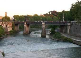 Мост Палатино, Рим