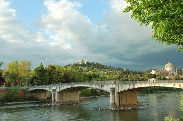 Bridge Ponte Garibaldi, Verona