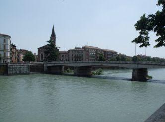 Bridge Ponte Nuovo, Verona