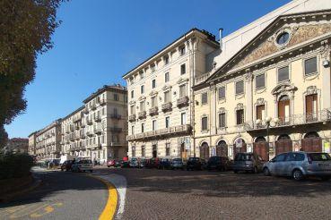 Площадь Сольферино, Турин