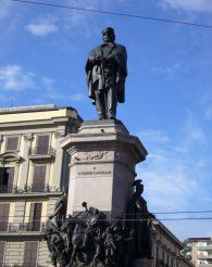 Статуя Гарибальди, Неаполь