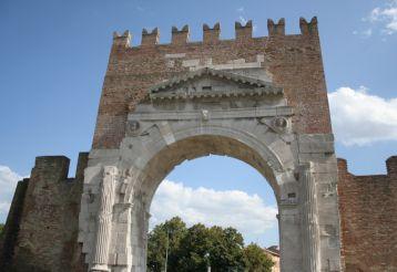 Арка Августа, Римини