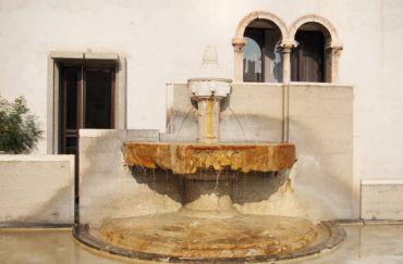 Fountain in the Courtyard of the Castelvecchio, Verona