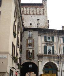 Bruciata Gate, Brescia