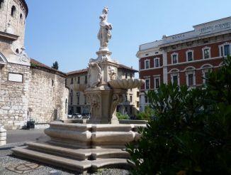 Fountain in Piazza Paolo VI, Brescia