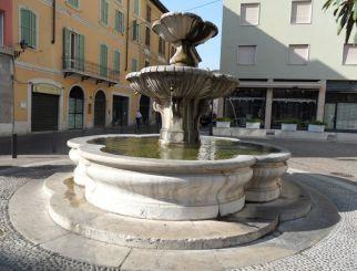 Fountain, Brescia