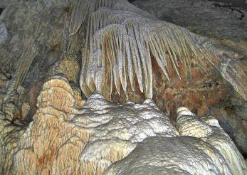 Грот Ис-Зуддас, Сантади