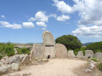 Giants Tomb of Ena and Thomes, Dorgali