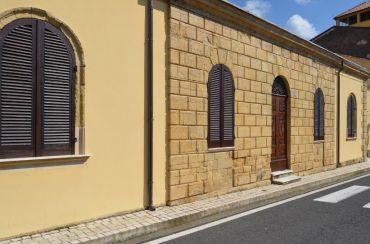 Barn House Piras, Padria