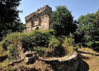 Romanesque Church of Santa Maria Curos (Ruins), Villanova Monteleone