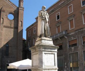 Statue of Gian Domenico Romagnosi, Piacenza