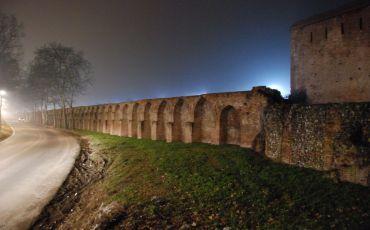 Фарнезианские стены, Пьяченца