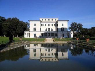 Вилла Торлония, Рим
