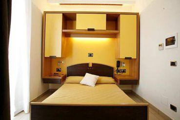 Seven Hostel & Rooms